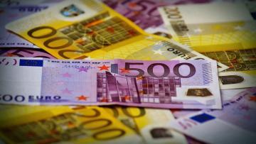 Almanya ekonomisi bütçe fazlası verdi