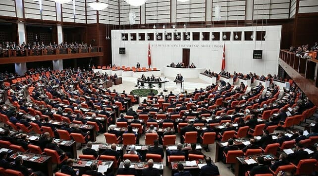 Bu hafta mecliste: Yeni askerlik sisteminin detayları belli oldu