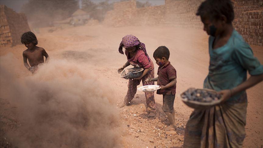 Dünyada çocuk işçi problemi devam ediyor