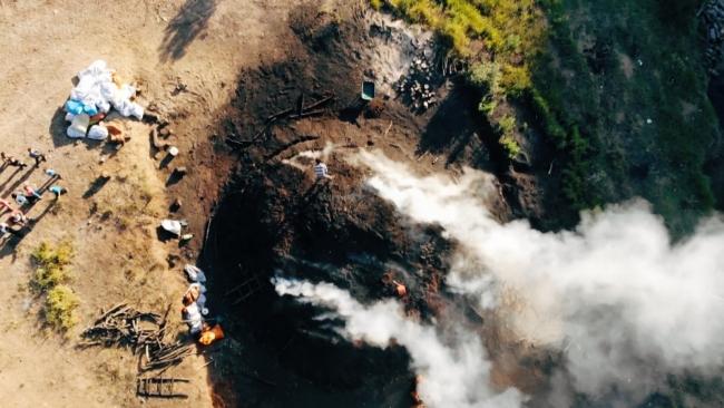 Mangal Kömürü işçileri zor şartlara direniyor