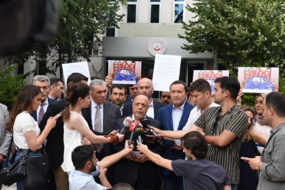 HAK-İŞ'ten Enflasyon farkı için 400.000 imza