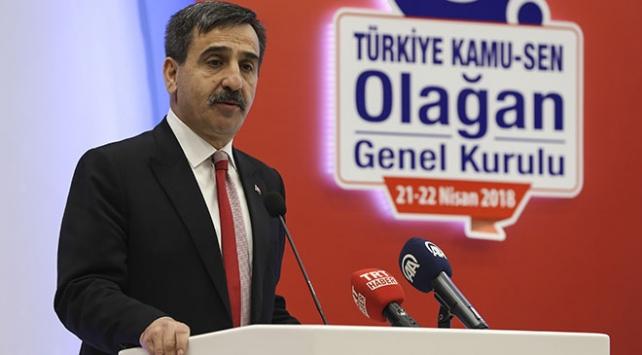 """Kamu-Sen Başkanı Kahveci: """"Memuru sefalete terk etmeyin"""""""