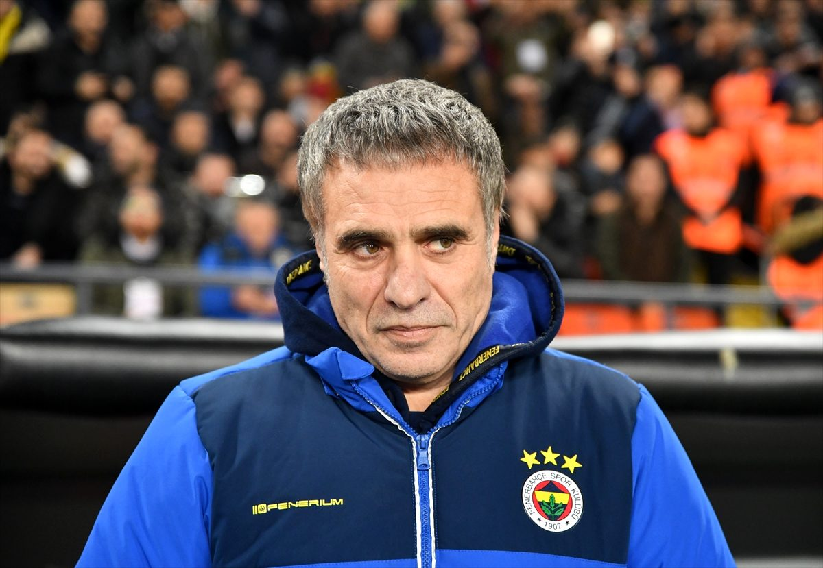 Ersun Yanal istifa etti! Fenerbahçe'nin yeni teknik direktörü kim olacak?