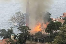 İstanbul Vaniköy Camii'nde yangın