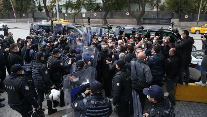 TBMM önünde esnek çalışam protestosu: Polis izin vermedi