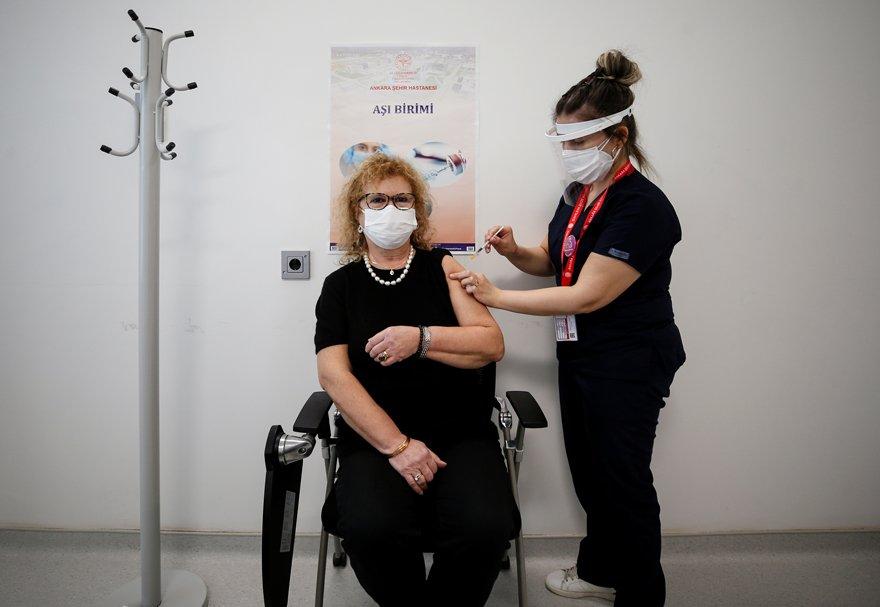 Çin aşısı fazla etkili değil mi? Çin'den resmi açıklama geldi
